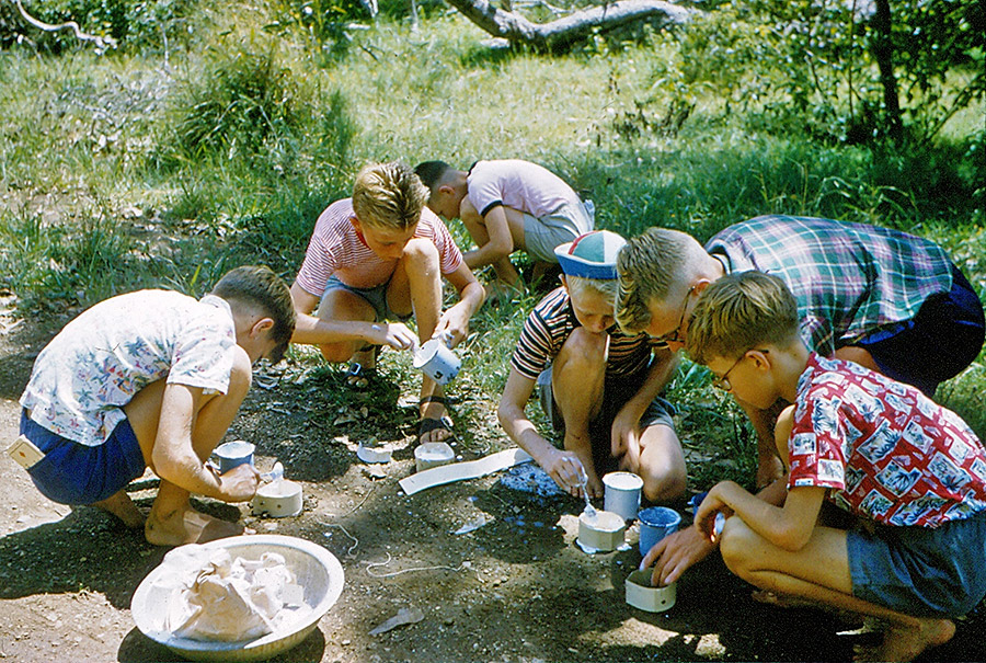 Camp-Warrawee---Making-Plaster-Casts-in-the-Bush