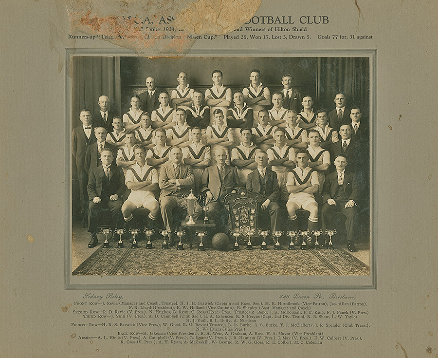 Sporting-Teams---Football---Runners-Up-and-Winners-of-Hilton-Shield---1934